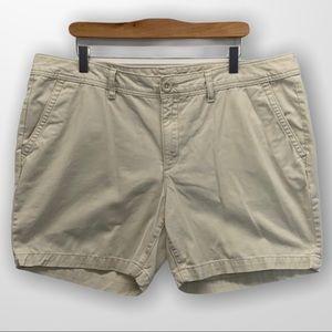 EDDIE BAUER Legend Wash Shorts Size 16